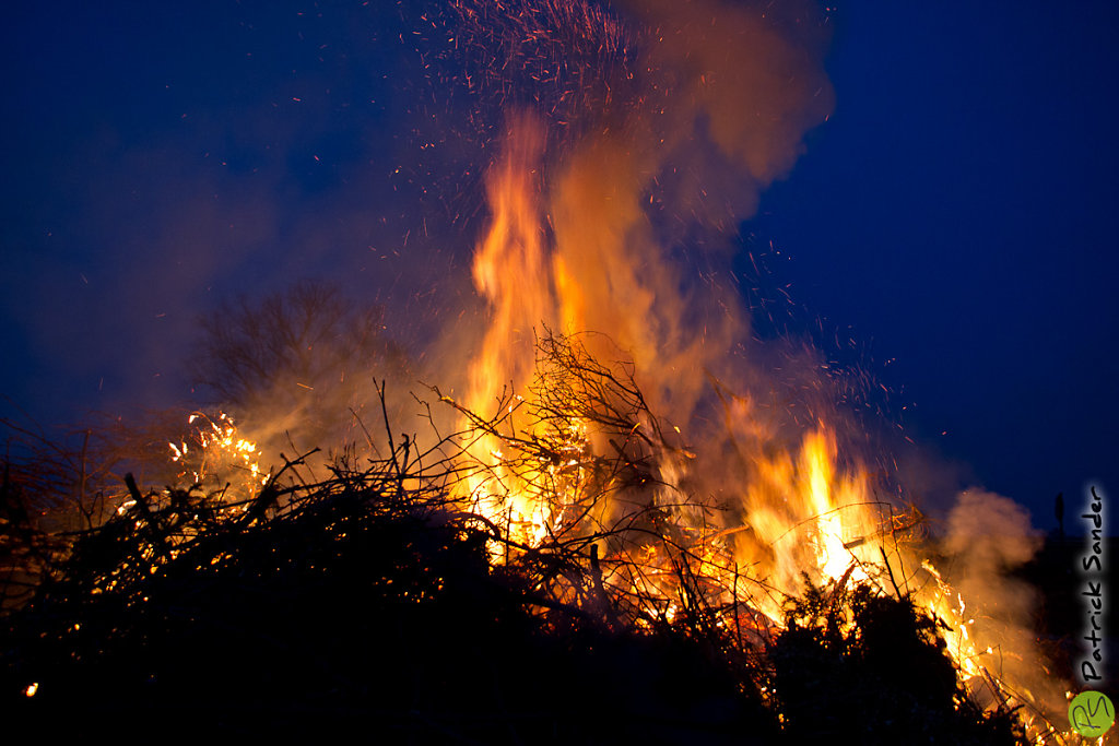 Osterfeuer Altengeseke